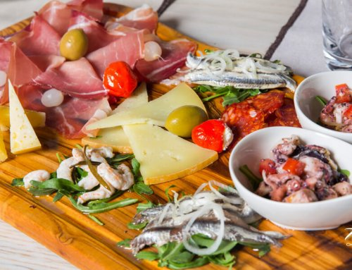 Arka Platter for Two Persons – Anchovies, Prawns, Cheeses, Prosciutto, Kulen, Dried Rump Steak