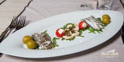 Marinated plate anchovies prawns closeup tavern arka zaton dubrovnik