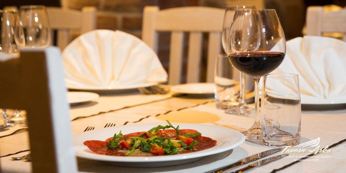 Maturo beef carpaccio arugula parmesan balsamic sauce served tavern arka zaton dubrovnik