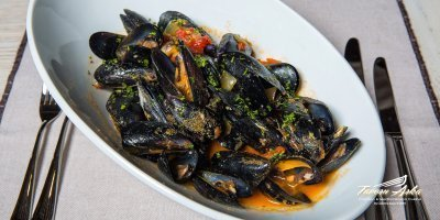 Mussels ala buzara closeup tavern arka zaton dubrovnik