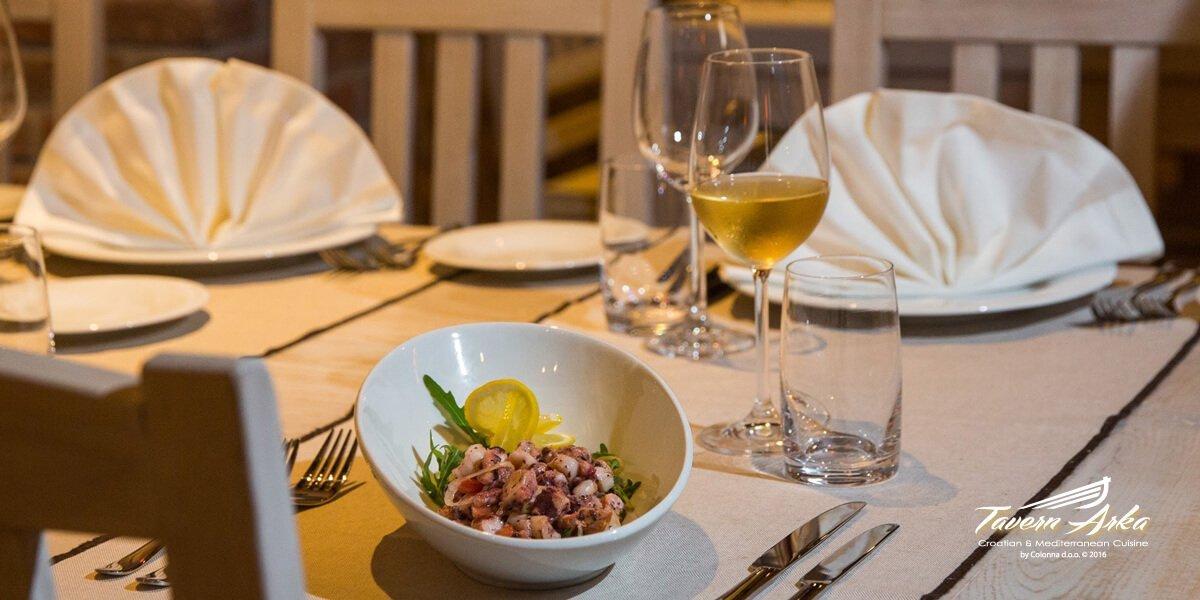Octopus salad serving serving tavern arka zaton dubrovnik