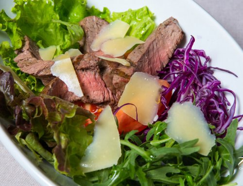 Steak Salad – Arugula, Tomato & Grated Parmesan