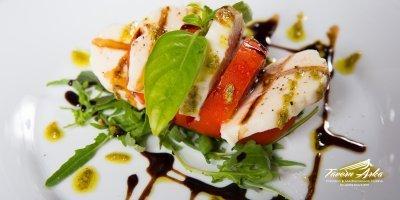 mozzarella salad tomato buffalo mozzarella dish tavern arka zaton dubrovnik